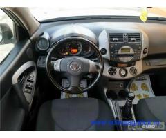 Toyota rav 4,garantie 3 luni,buy back ,rate fixe,motor 2200 tdi,136 cp,4x4