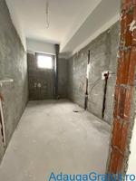 Dezvoltator apartament nou 3 camere etaj 1/2 pe str Tepes Voda